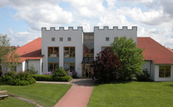 "Familienzentrum ""Märchenburg"""